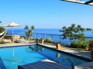 Anemos 4 seasons  luxury villas / villa Spyros - South Crete