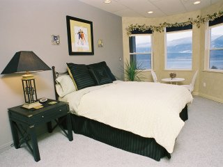 Destination Spa B&B - Shayna Suite with or without breakfast pricing available..