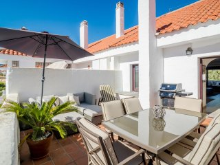 Beautiful 2 bedroom apt in Puerto Banus-LM27