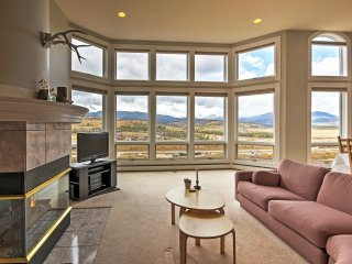 3BR Fraser Townhome w/Private Deck and Views!