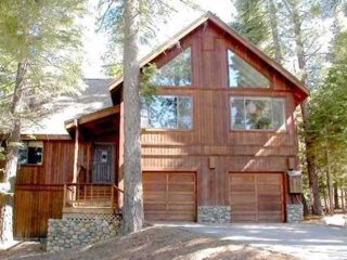 Spacious 4+ BR, 3.5 BA Northstar home perfect for, Truckee
