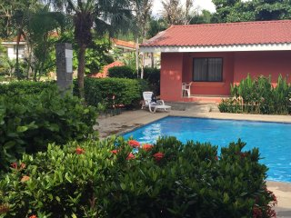 Beautiful vacation condo close to the beach, Playas del Coco