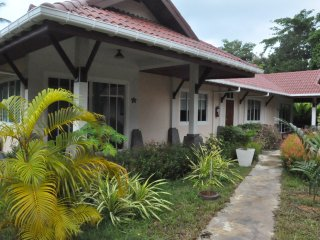 Cosy Villa Cottage 'L1' close to Andaman sea