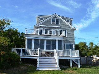 The Cable House: High-end oceanfront family home, 1/10 mi to Cape Hedge Beach, Rockport
