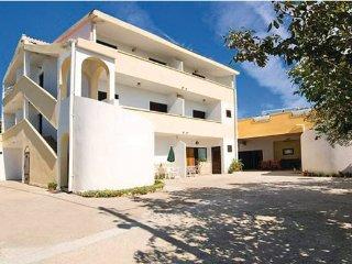 10 bedroom Villa in Zadar Rtina, Northern Dalmatia, Zadar, Croatia : ref 2046321