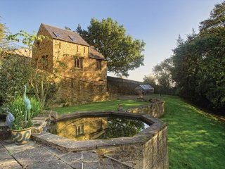 PK612 Cottage in Barlow, Staveley