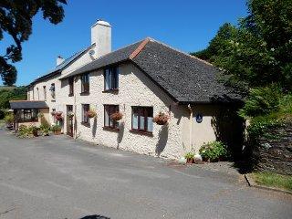 KEMTH Cottage in Bigbury-on-Se, Harberton