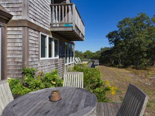 NAKAJ - Waterfront and View on Edgartown Great Pond, Association Private Beach and Tennis, Central A/C, Wifi Internet