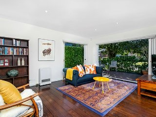 CAMM2 Brand New Stylish Leafy 3BR Apartment, Cammeray