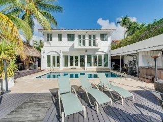 villa esa, Miami Beach
