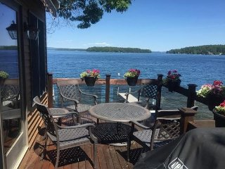 Lake Winnipesaukee Waterfront Home (LON123W)