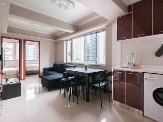 NEW 3BR By WanChai Sleeps 10! BEST LOCATION IN HK!