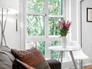 Bright & Modern Camden Studio Apartment