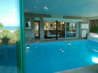 Villa de la Dune 5*, Plage, Piscine intérieure,Surf, Sibiril