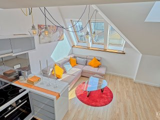 Deluxe Rooftop Apartment, 5 minutes from Wawel, Krakow
