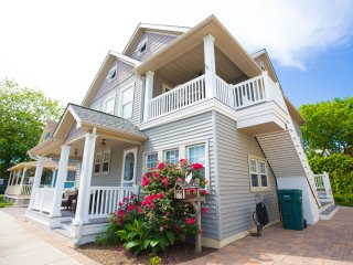3 bedrooms- six blocks from Cape May beach or mall