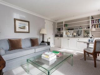 onefinestay - Brompton Square IV private home, London