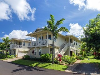 15% Off April/May Dates! Plantation Style Condo with AC, beautiful decor!, Princeville
