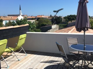 Appartement neuf et cosy vue clocher, Ars-en-Re