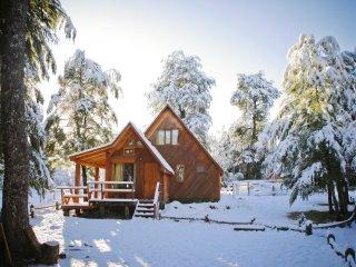 Llaima Camp, Cabanas y camping a 4 km. del Parque Nacional Conguillio