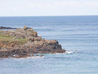 SeaCrest - House With Views over Porthmeor Beach – Sleeps 10 with Parking