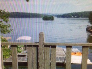 Beautiful Lakefront Balcony  View / Great Rates, Hot Springs