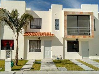 Casa con Alberca y Palapa