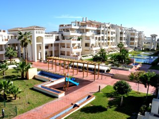 Coqueto apartamento en Roquetas de Mar.Golf, Playa