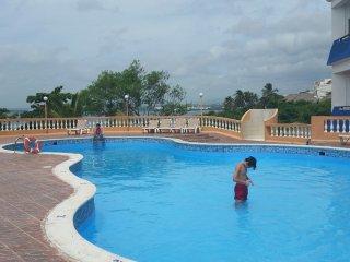 Apartamento de 2 habitaciones, aire acondicionado, piscina, tv, WiFi Free