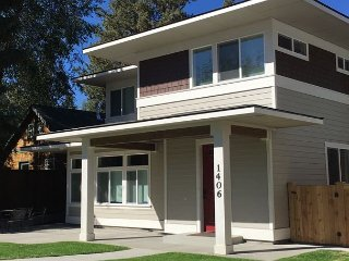 In downtown Bend -- A three bedroom and four bath!! Two fireplaces. NEW new!