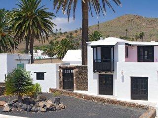 Casita Palmera, Haria, Lanzarote (5 min to Beach), Haría