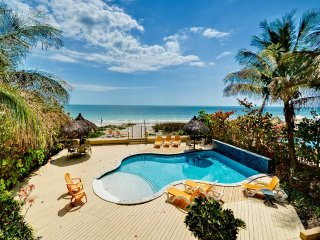 Sugar Sands Beachfront Retreat On the Beach 2 Bedroom 1 Bath Villa with Brand New Pool, Madeira Beach