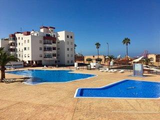 En Playa las Américas - Costa Adeje bien situado, 3 habitaciones.
