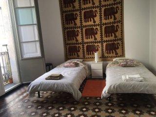 gotic_twin_room_sharedbathhroom, Barcelone