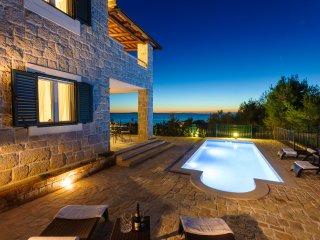 Luxury Stone Villa Diana - private pool, amazing sea view, 200m to beach