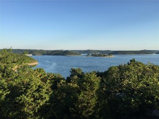 New Listing!  Beaver Lake Retreat - Amazing 180 View of Beaver Dam, Grand Decks, Fireplace, Eureka Springs