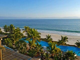 Designer Luxury Panoramic Ocean View Condo in Punta Mita, Punta de Mita