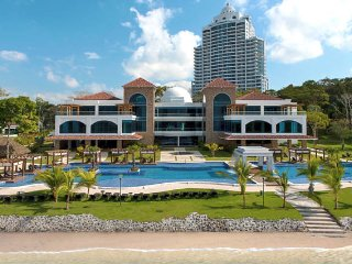 Luxury Apartment in Playa Bonita, 10 minutes from Panama City, Panama Stad