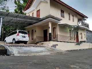 Guesthouse kalibening