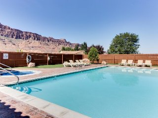 Dog-friendly home near Arches w/access to seasonal pool & hot tub, etc!, Moab