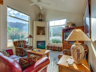 Comfortable home w/ mountain views & shared seasonal hot tub & pool