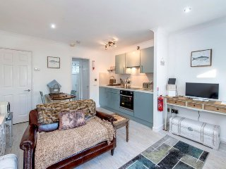 41892 Bungalow in Charmouth, Chideock