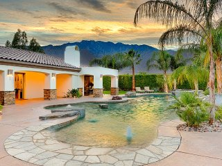 Life of Luxury- #1 Vacation Rental/Event Home-Pool,Golf,Volleyball and more!