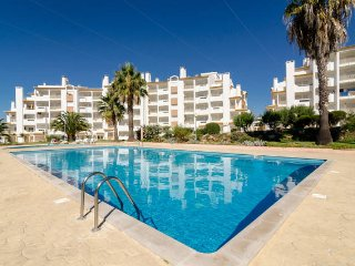 Albufeira Centrally Located/View, Pool and Garden