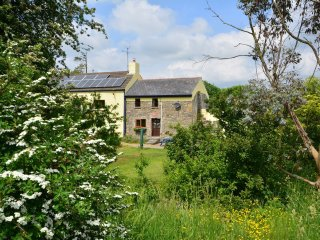 45071 Cottage in Narberth, Kilgetty