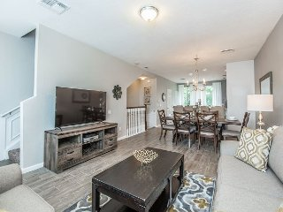 Enjoy your stay in Orlando in this newly updated 3BR/3.5BA town home!
