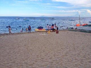 Ocean View Beach Front White Sand Warm Waters Sleeps 20 San Juan Laiya, Batangas
