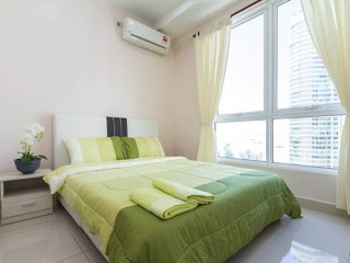 Centralized,Sea view,2 room,2 bath,WIFI,SereneCrib