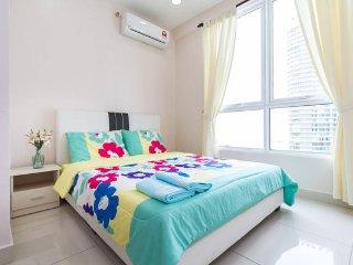 Penang, Sea view, 2rm 2bd, 4 pax, WiFi, Lily_Crib