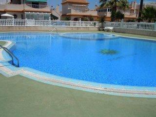 3 Bed Quad Villa + Communal Pool + Air Con, Playa Flamenca